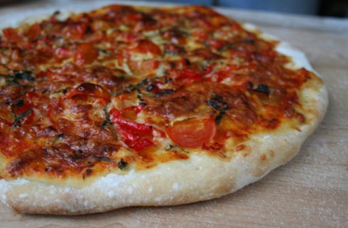 pizza-basil-peppers